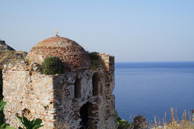 Κάστρο Σκιάθου, Κάστρα, wondergreece.gr