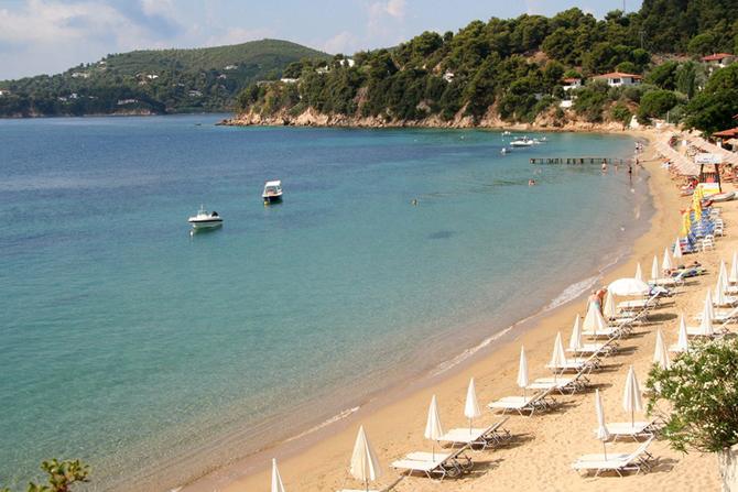 Αχλαδιές, Παραλίες, wondergreece.gr