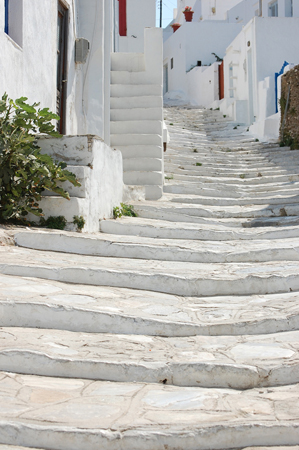 Αρτεμώνας, Πόλεις & Χωριά, wondergreece.gr