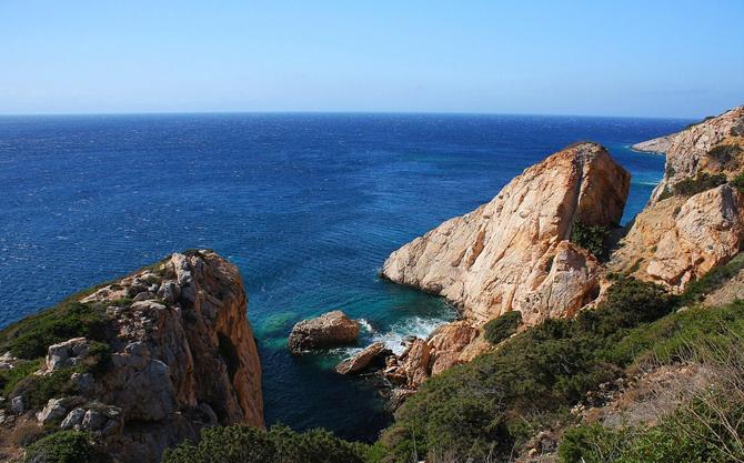 Κέδρος, Παραλίες, wondergreece.gr