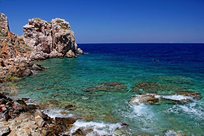 Πουλάτη, Παραλίες, wondergreece.gr
