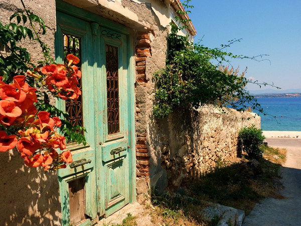 Spetses, Main cities & villages, wondergreece.gr