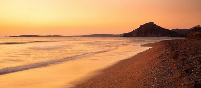 Κουρεμένος, Παραλίες, wondergreece.gr
