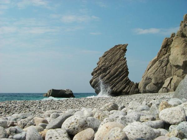 Βάτος, Παραλίες, wondergreece.gr