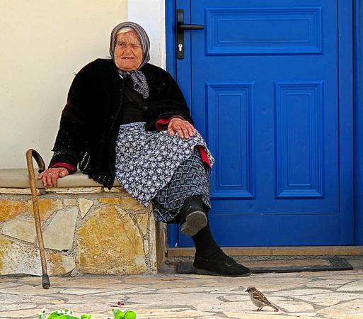 Τριζόνια, Πόλεις & Χωριά, wondergreece.gr