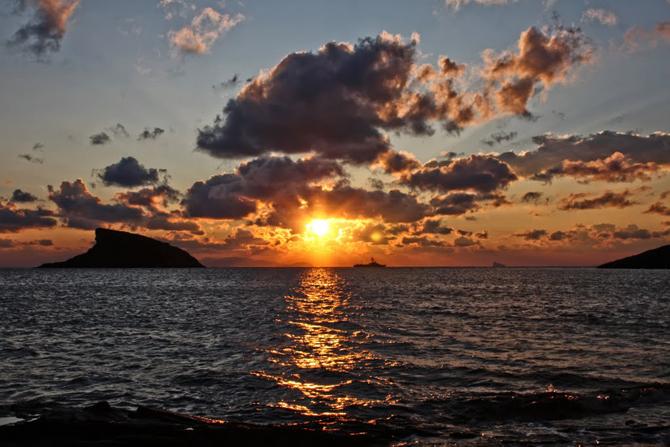 Komito, Beaches, wondergreece.gr