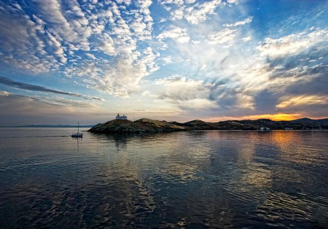 Lighthouse Agios Nikolaos, Monuments & sights, wondergreece.gr