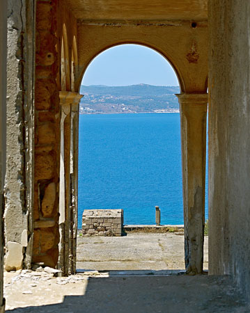 Makronisos, Main cities & villages, wondergreece.gr