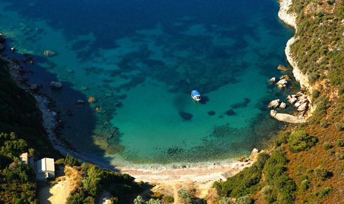 Mikros Mourtias, Beaches, wondergreece.gr
