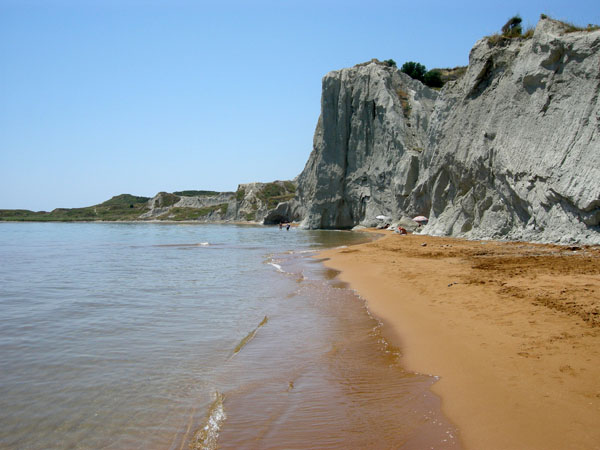 Παραλία Ξι, Παραλίες, wondergreece.gr