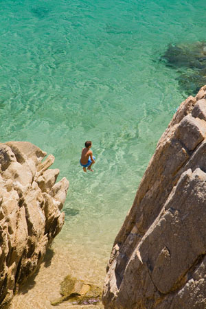 Agrari, Beaches, wondergreece.gr