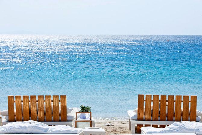 Ornos, Beaches, wondergreece.gr