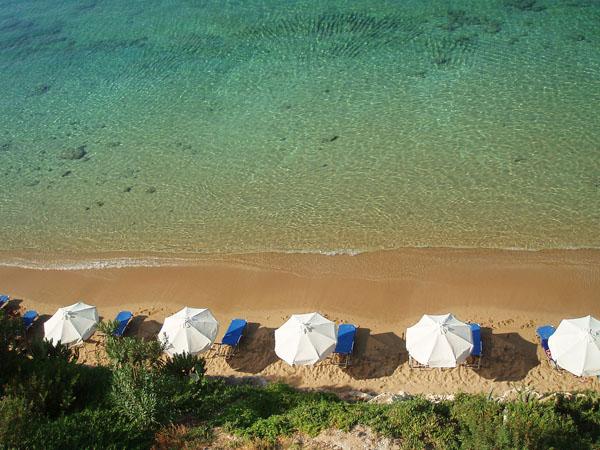 Πεύκοι, Παραλίες, wondergreece.gr