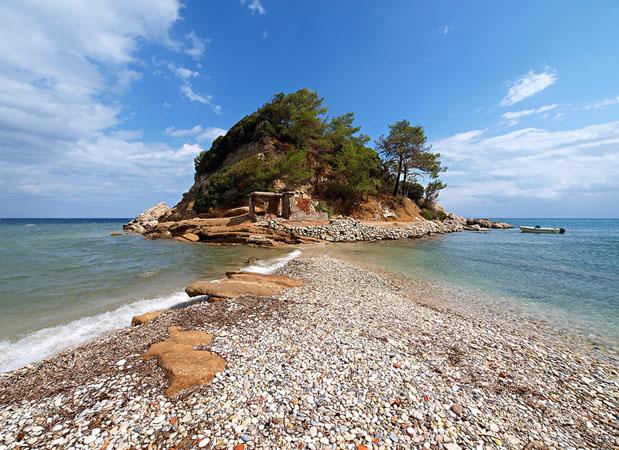 Κοκκάρι, Παραλίες, wondergreece.gr