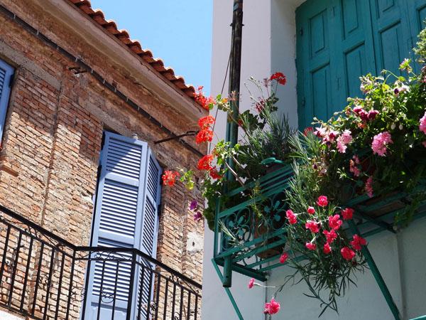 Βουρλιώτες, Πόλεις & Χωριά, wondergreece.gr