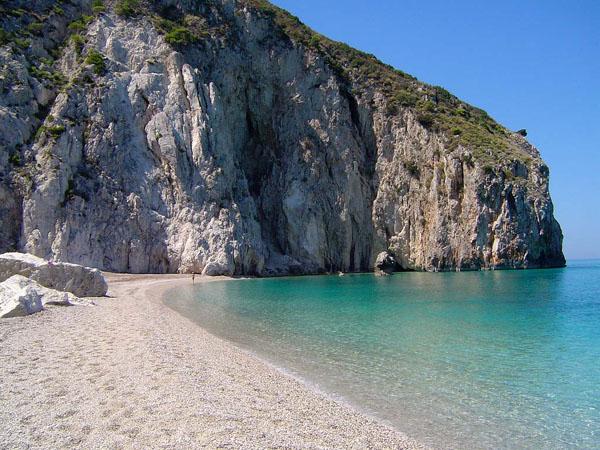 Milos, Beaches, wondergreece.gr