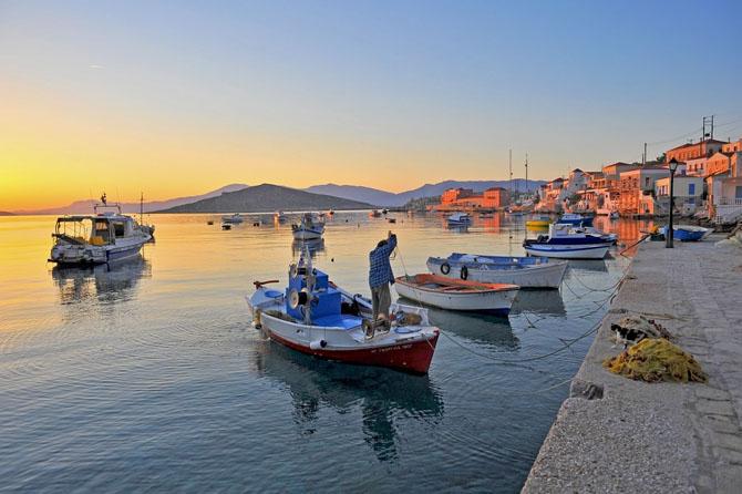 Ημπορείο (Χάλκη), Πόλεις & Χωριά, wondergreece.gr