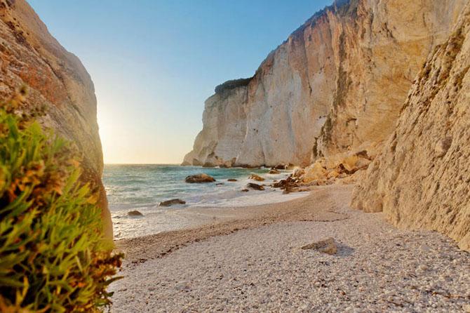 Erimitis, Beaches, wondergreece.gr