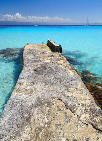 Voutoumi, Beaches, wondergreece.gr