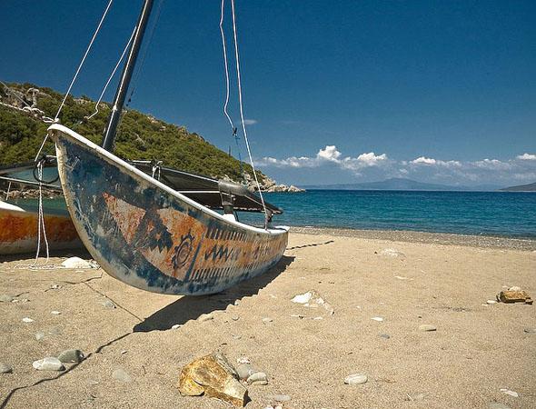 Δελφίνια, Παραλίες, wondergreece.gr