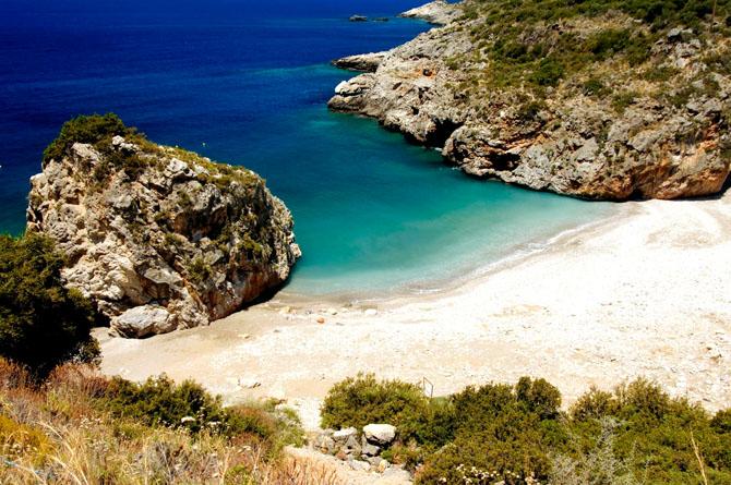 Φονέας, Παραλίες, wondergreece.gr