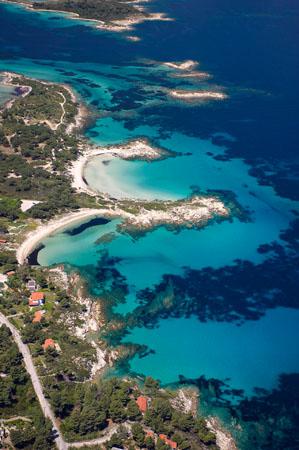 Karydi, Beaches, wondergreece.gr