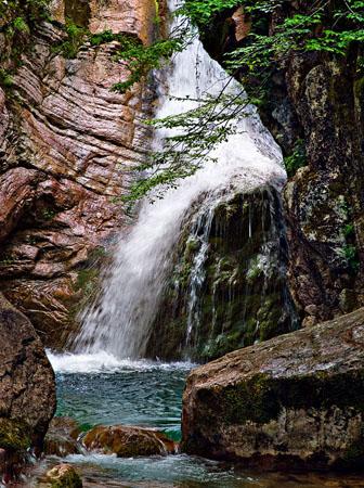 Φαράγγι Μαύρης Σπηλιάς, Φαράγγια, wondergreece.gr