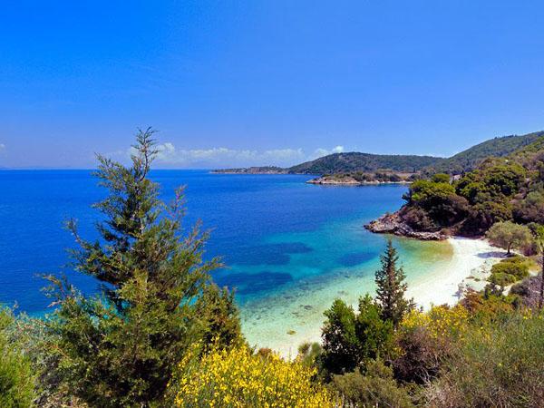Kourvoulia 1, 2, 3, Beaches, wondergreece.gr