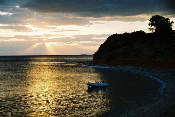 Παραλία Πλατανίτη, Παραλίες, wondergreece.gr