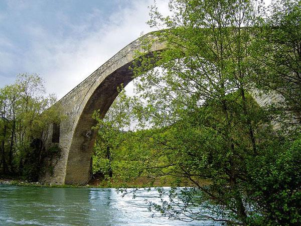 Aziz Aga Bridge , Monuments & sights, wondergreece.gr