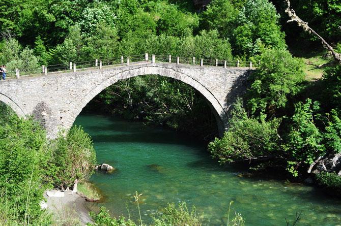 Kagelia Bridge , Monuments & sights, wondergreece.gr