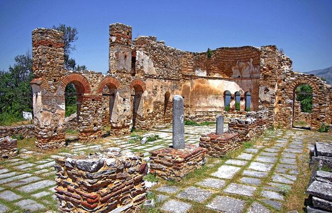 Agios Ahillios, Monuments & sights, wondergreece.gr