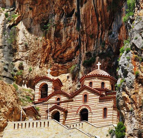 Αγία Ελεούσα, Εκκλησίες & Μοναστήρια, wondergreece.gr