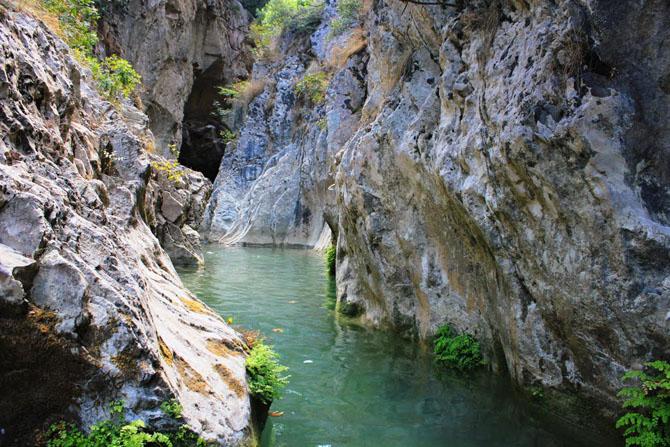 Καταρράχτης Αγίου Βαρβάρου, Καταρράκτες, wondergreece.gr