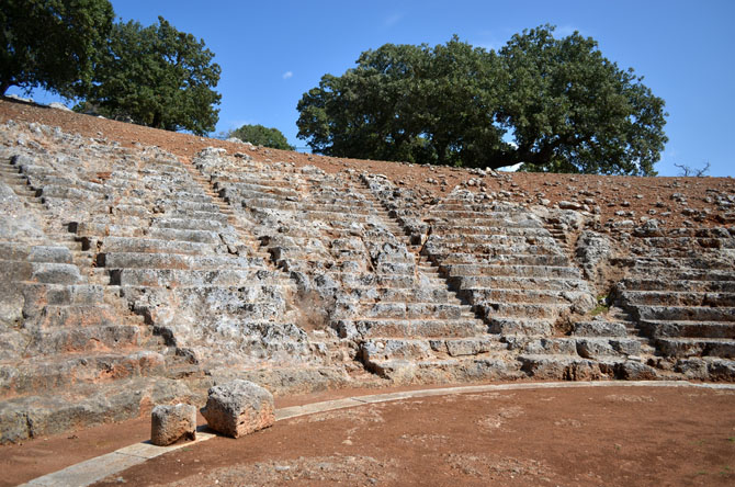 Oiniades Ancient Theatre, Archaelogical sites, wondergreece.gr