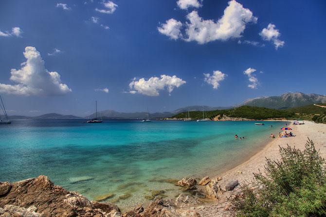 Βαθυαβάλι, Παραλίες, wondergreece.gr