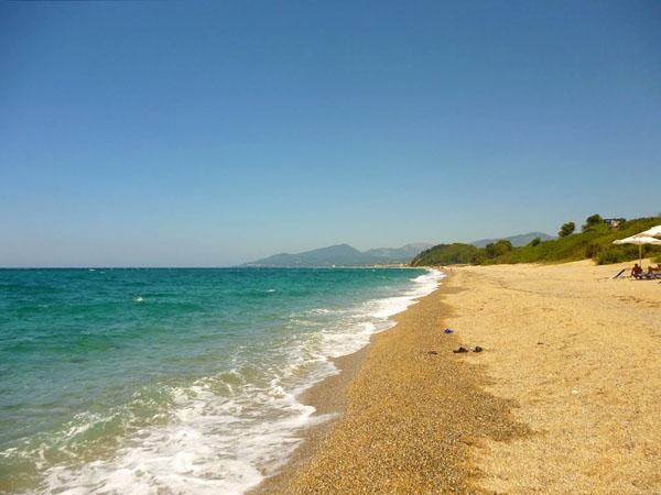 Μονολίθι, Παραλίες, wondergreece.gr