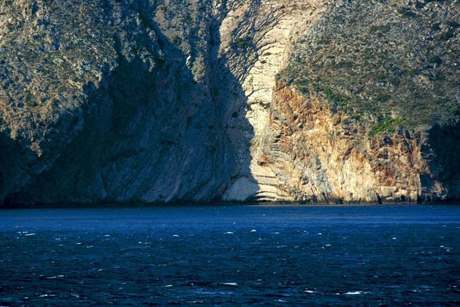 Φάρος Ακρωτήριο Μαλέας, Μνημεία & Αξιοθέατα, wondergreece.gr
