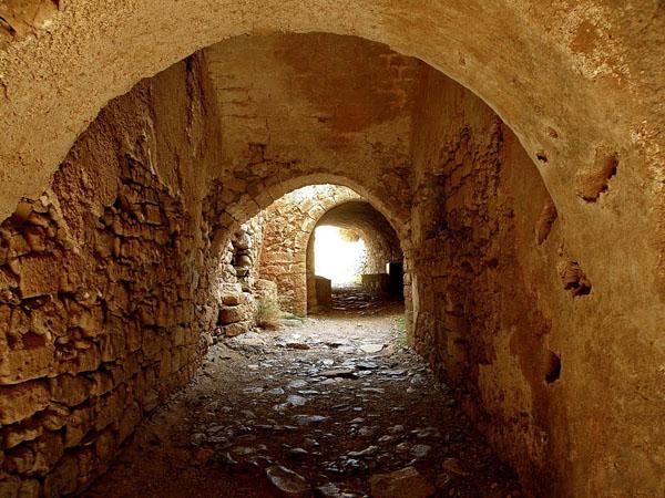 Κάστρο Μονεμβασιάς, Κάστρα, wondergreece.gr