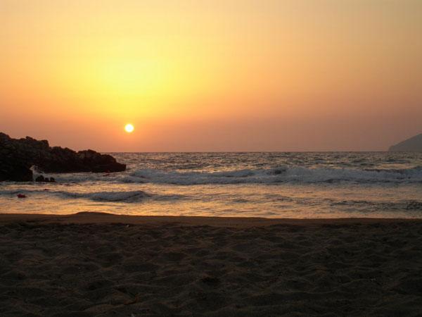 Μαρμάρι, Παραλίες, wondergreece.gr