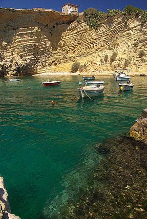 Μέζαπος, Παραλίες, wondergreece.gr