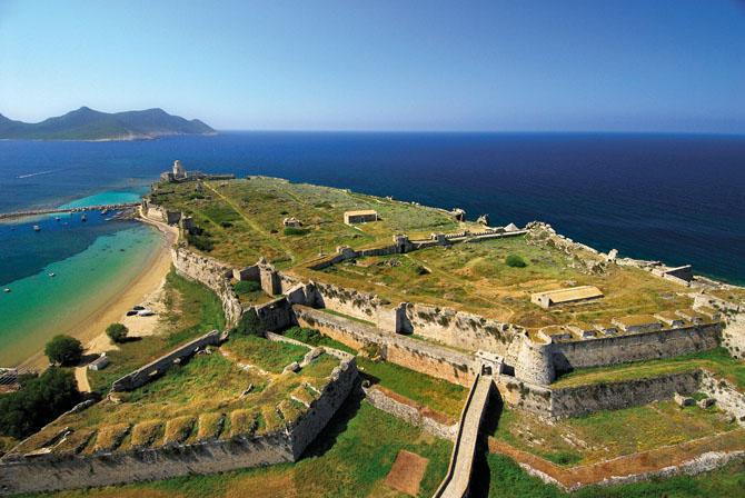 Κάστρο Μεθώνης, Κάστρα, wondergreece.gr