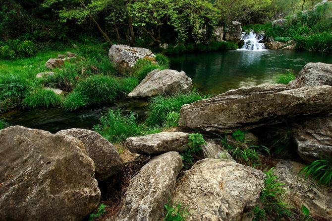 Πολυλίμνιο, Καταρράκτες, wondergreece.gr