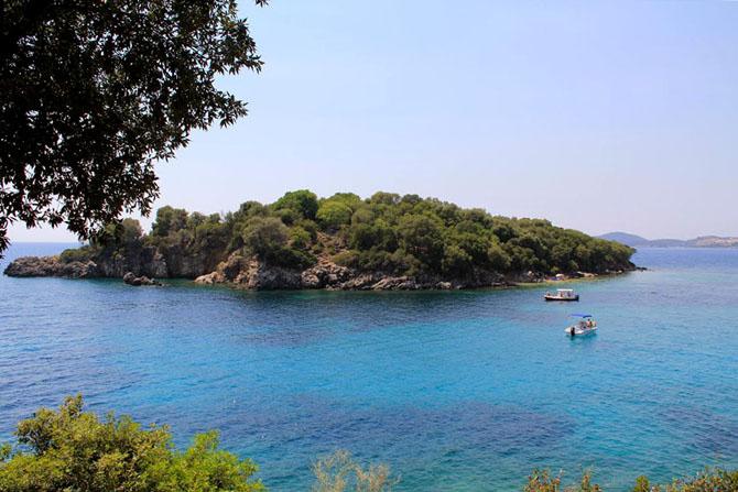 Αγία Παρασκευή, Παραλίες, wondergreece.gr