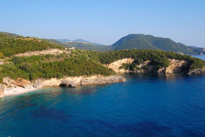 Μέγα Ντράφι, Παραλίες, wondergreece.gr