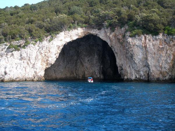 Σπηλιά Σύβοτα (Μούρτος), Μνημεία & Αξιοθέατα, wondergreece.gr
