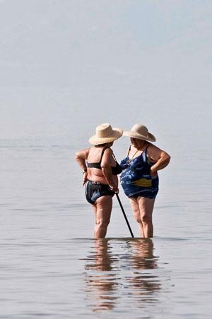 Νέα Κίος, Παραλίες, wondergreece.gr