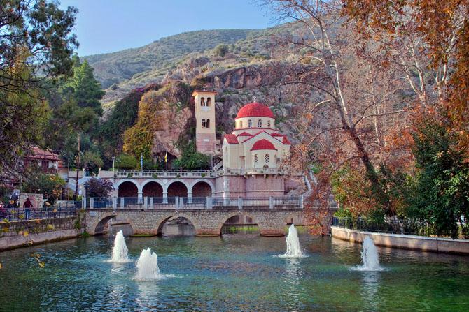 Μονή Ζωοδόχου Πηγής, Εκκλησίες & Μοναστήρια, wondergreece.gr