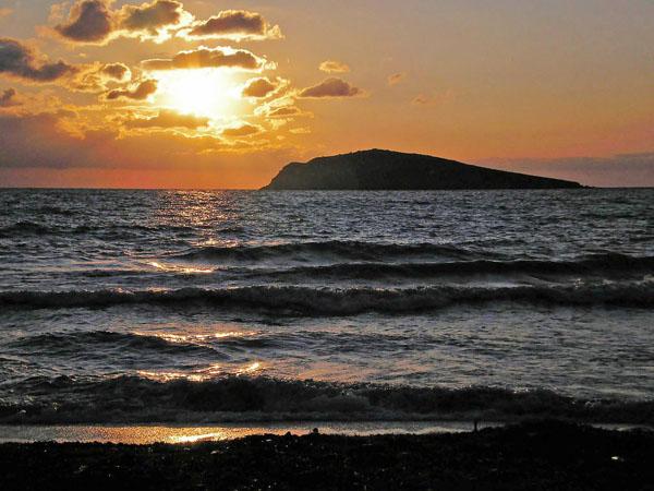Kandouni, Beaches, wondergreece.gr