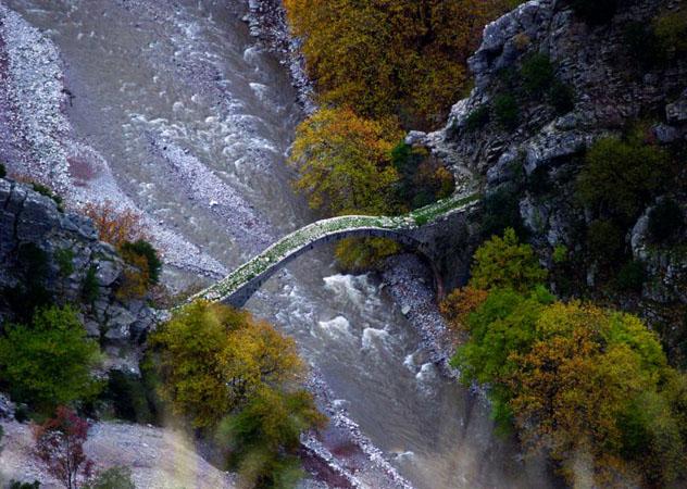 Trizolos Bridge, Monuments & sights, wondergreece.gr